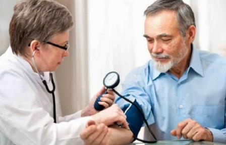 vesepatológia hipertóniával)