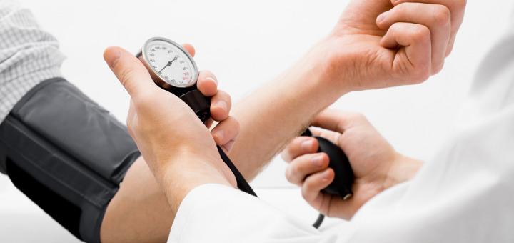 Magas vérnyomás esetén, jár a fogyatékossági adókedvezmény?
