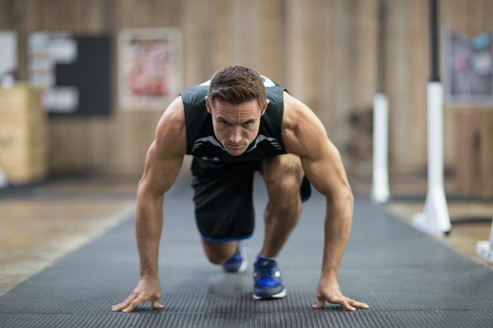 hogyan kell edzeni magas vérnyomásért az edzőteremben