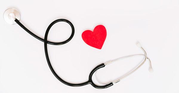 magas vérnyomás nyugdíj aki hipertóniás kardiológust vagy terapeutát kezel
