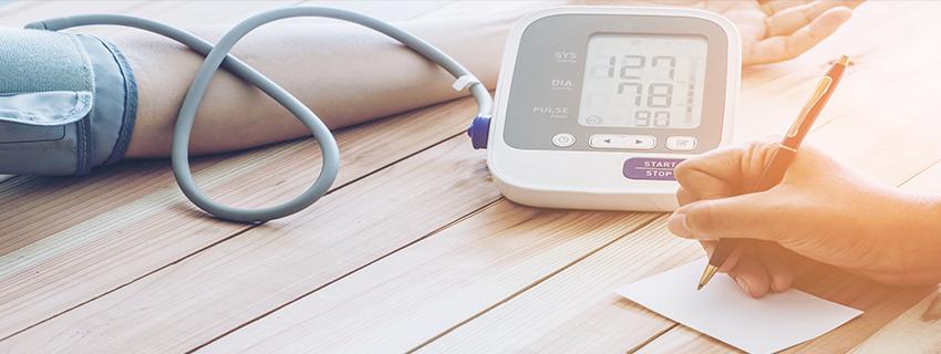 1 fokozatú magas vérnyomás
