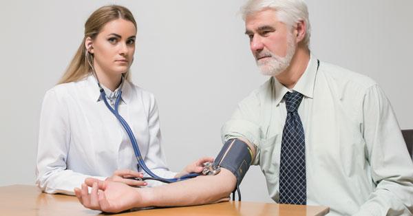 3 fokozatú magas vérnyomás esetén adj egy csoportot)