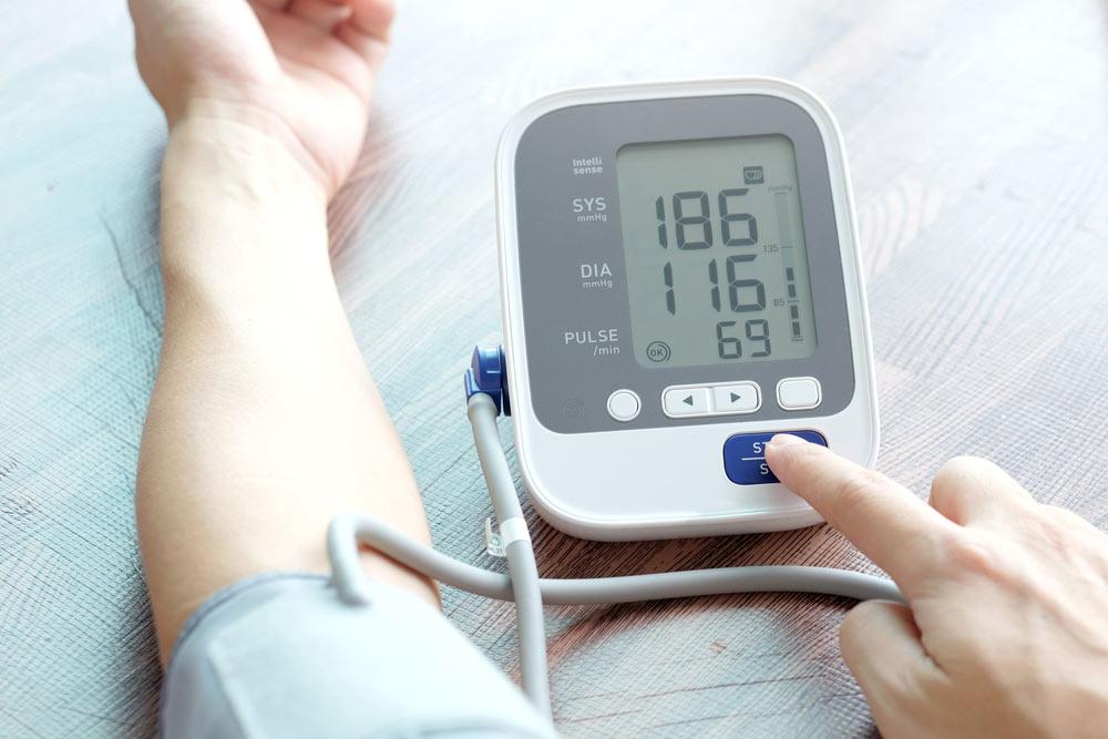 magas vérnyomású dystonia)