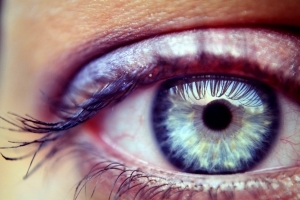 magas vérnyomásban szenvedő szemek)