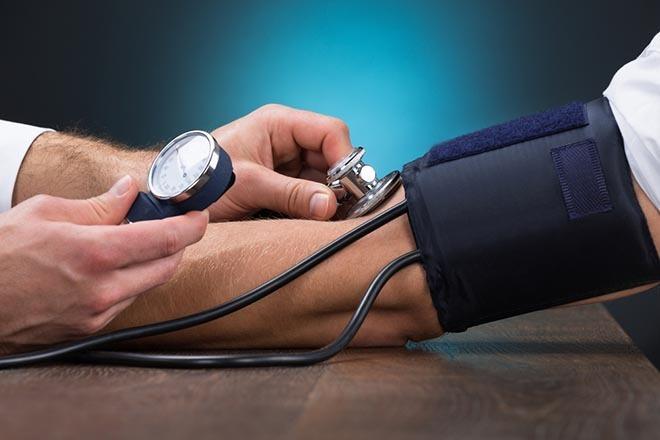 magas vérnyomás esetén fut