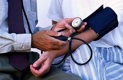 hogyan lehet hamisítani a magas vérnyomást)