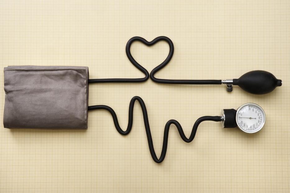 hogyan definiálható a magas vérnyomás 2 fok)