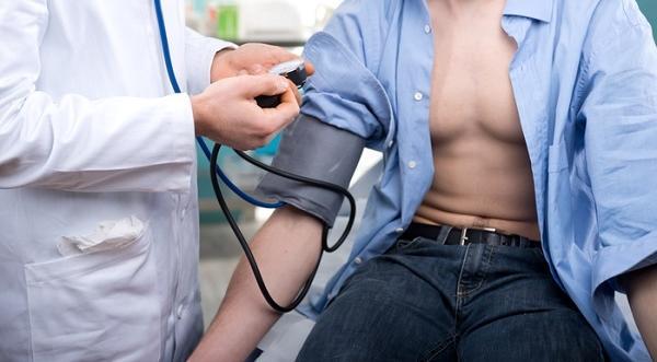 1 fokos magas vérnyomás fiataloknál