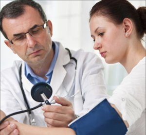 Mi a jobb Trental vagy Pentoxifylline: a kábítószereket a varikózus vénákról - Tünetek