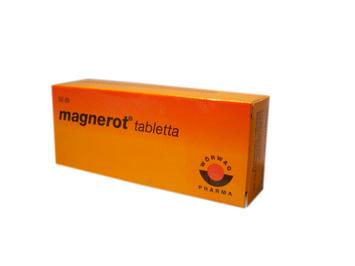 magas vérnyomásban szenvedő magnerot)