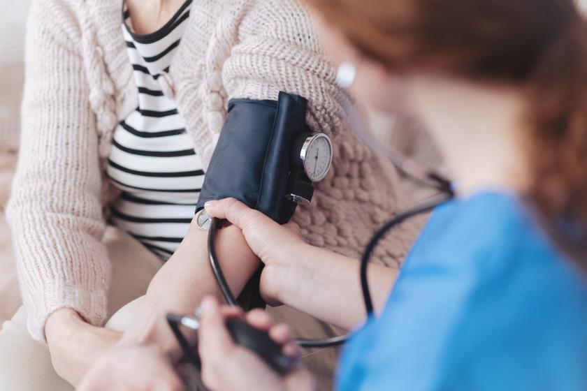 vélemények a magas vérnyomás elleni hirudoterápiáról)