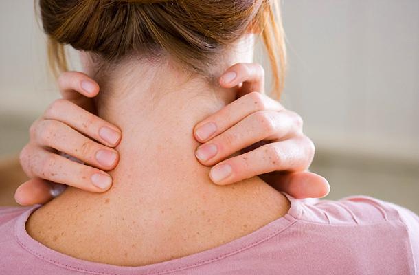 a nyaki gerinc osteochondrosisának oka a magas vérnyomás)