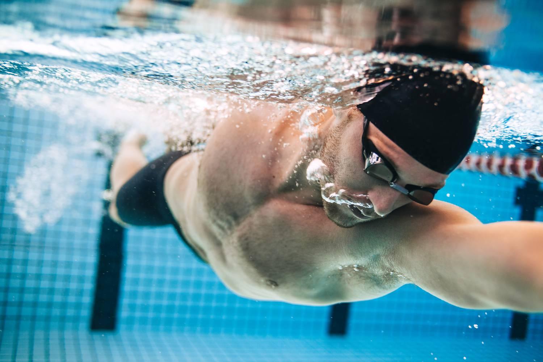 Egy hasznos tanács: úszással csökkenthető a vérnyomás!