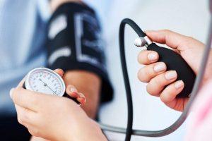 hogyan lehet fiatalon gyógyítani a magas vérnyomást