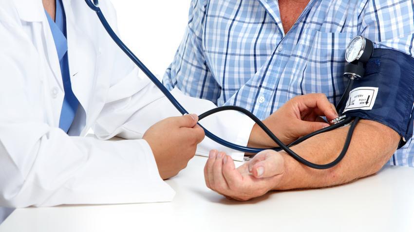 a magas vérnyomás-omok vizsgálata