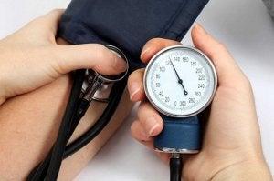 Növények magas vérnyomásra – Természetes vérnyomáscsökkentés