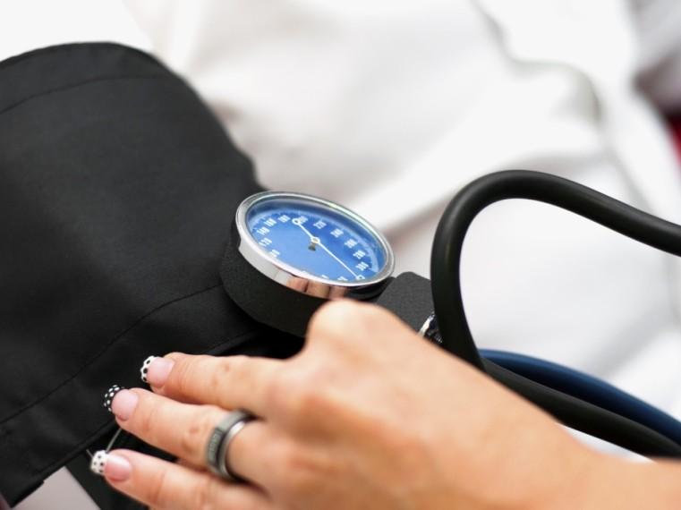 magas vérnyomásban szenvedő idősek rehabilitációja